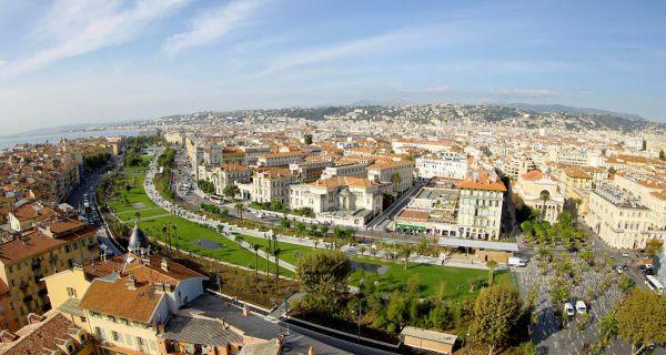 L'invention des promenades urbaines selon Alphand et la transcription contemporaine avec la promenade du Paillon à Nice.