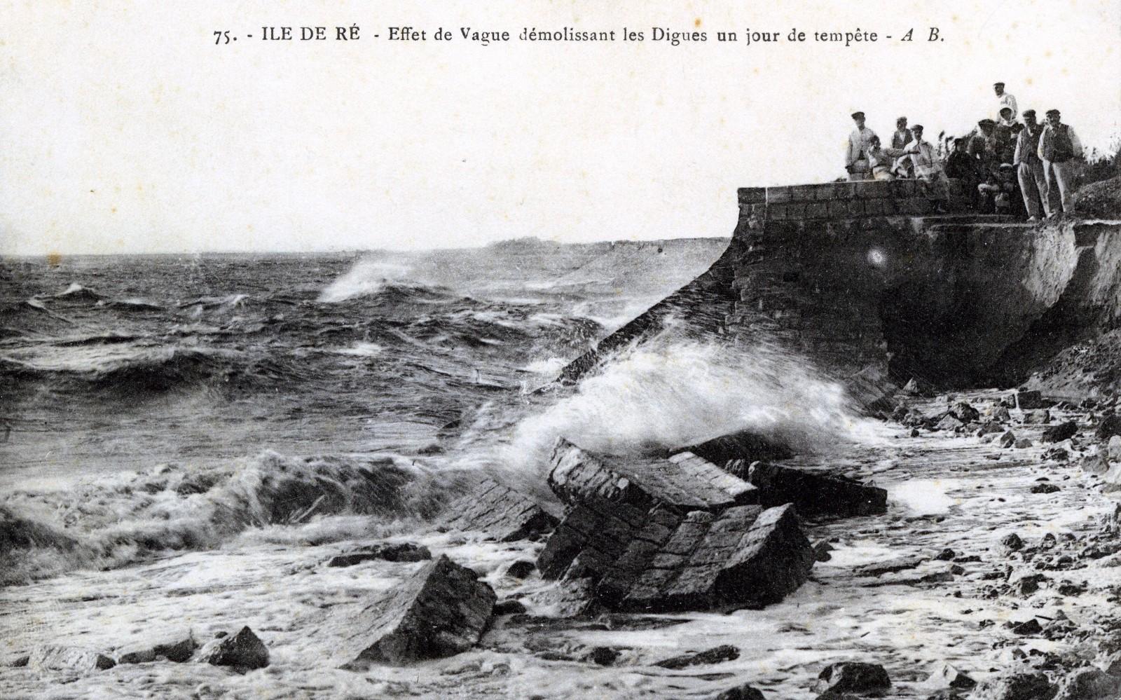 La digue du Martray, un jour de tempête -  coll. A. Diedrich