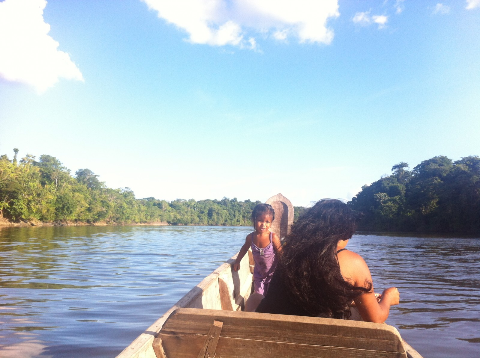 Le fleuve Maroni marquant la frontière entre la Guyane et le Suriname en